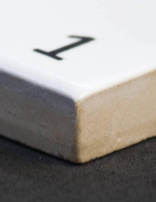 Scrabble-Fliese Buchstabe L 10 × 10 cm - LE0804012
