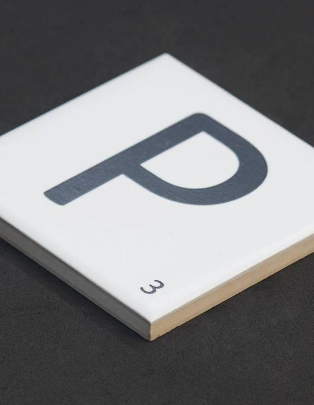 Carrelage scrabble lettre P 10 x 10 cm - LE0804016