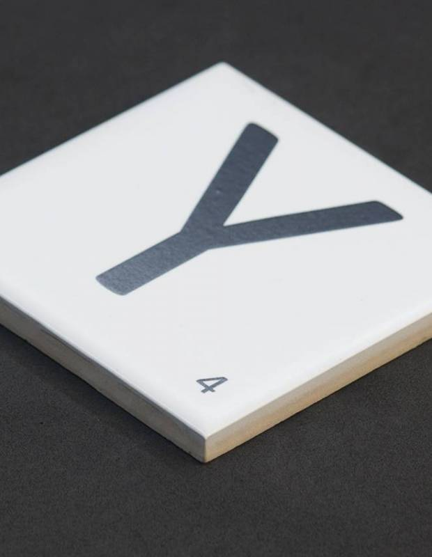 Scrabble-Fliese Buchstabe Y 10 × 10 cm - LE0804025